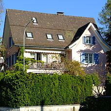Bäretswil besitzt wunderschöne Wohnlagen.