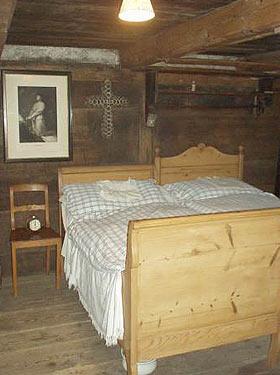 Einblicke in das Flarzhaus von Rosa Freddi in Undalen, Bauma