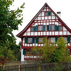 Impressionen aus Maur mit seinen wunderschönen Wohnlagen.
