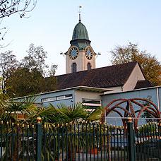 Die Pfarrkirche der Gemeinde Russikon.