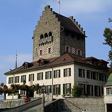 Sehenswert in Uster, das Schloss.